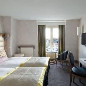 Une nuit au Grand Hôtel des Thermes ***** et coupe de champagne (2 personnes)