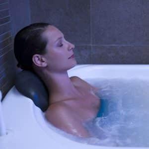 Modelage corps relaxant et Parcours Aquatonic (2 personnes)