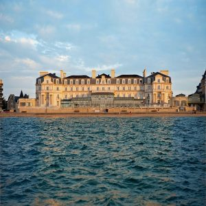 Une nuit au Grand Hôtel des Thermes*****, Menu Traditionnel et Parcours Aquatonic (2 personnes)