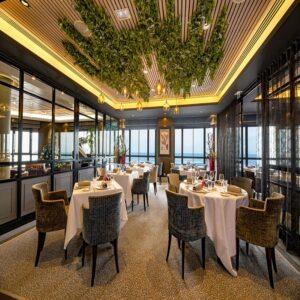 """Restaurant Les 7 Mers : Menu """"Grand Large"""" et coupe de champagne (2 personnes)"""